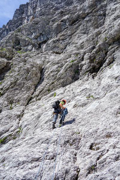 Jesko runs up the slabs at the end of Schöllhornkar.