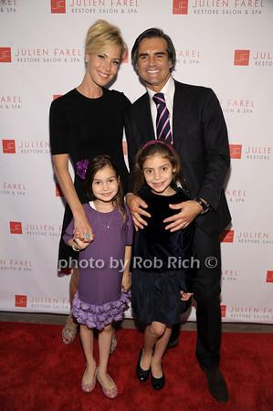 Suelyn Farel, Julian Farel, children