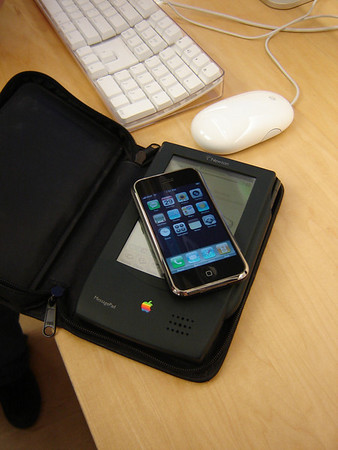 iPhone release - 2007-06-29