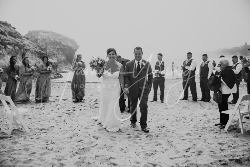 des_and_justin_wedding-2028-3.jpg