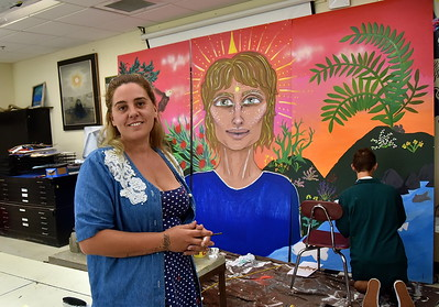 Renown Muralist Magda Love Works With BBA Art Students photos by Gary Baker