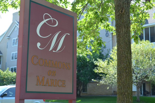 Commons on Marice sign.JPG