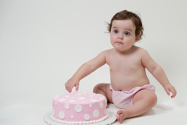 H cake smash
