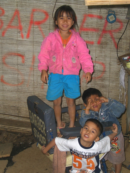Cute Kids - Vang Vieng, Laos