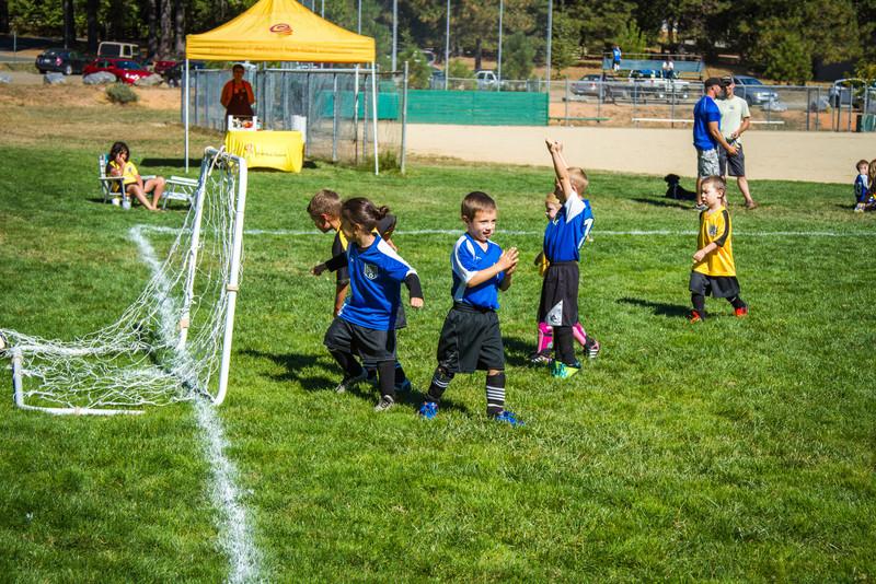 10-05 Soccer-90.jpg