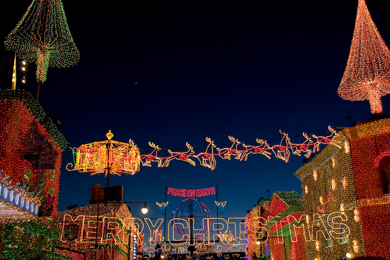 Osbourne_Family_Lights___MGM_Studios_Backlot.jpg