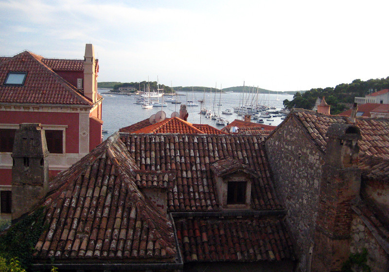 2011 0908 Hvar hotelroom view2.jpg