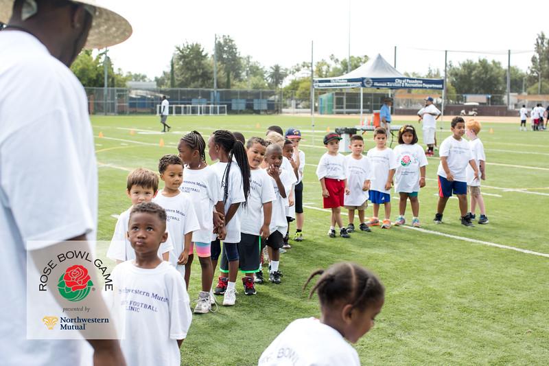 2015 Rosebowl Youth Football Clinic_0041.jpg