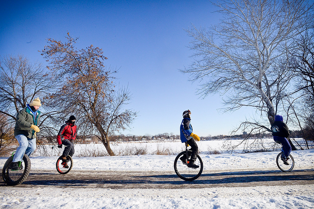 . Members complete one of their two laps around Como Lake in the -5 degree weather.