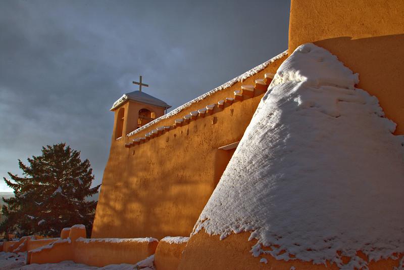 SPEAKSW-071229-1917-RANCHO-DE-TAOS-CHURCH.jpg