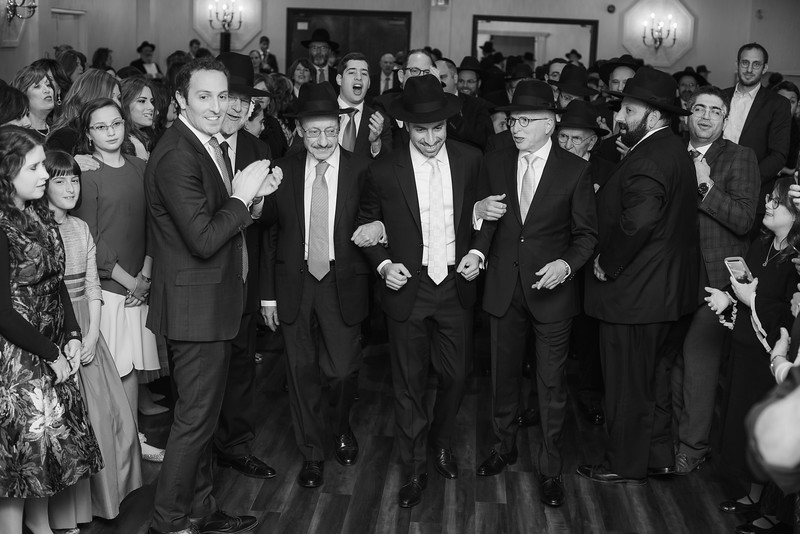 Miri_Chayim_Wedding_BW-468.jpg