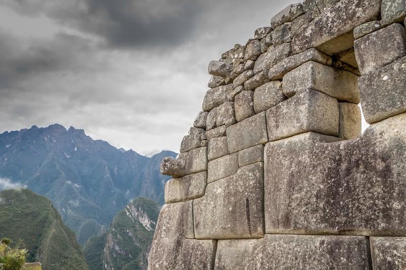 旅行的工具是——石雕的形状