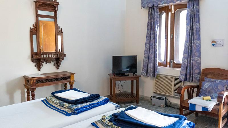 India-Jaipur-HotelShaharPalace02.jpg