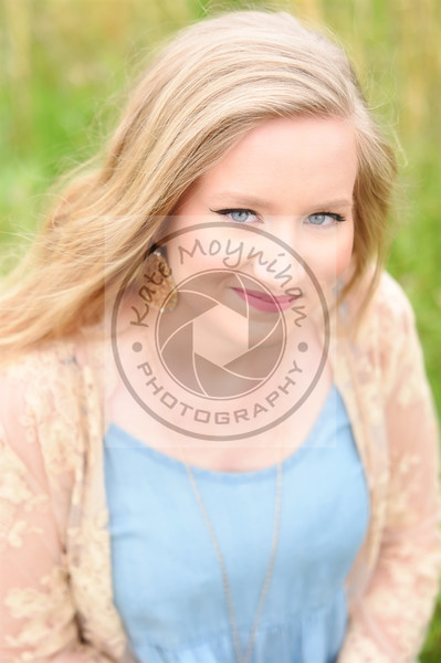Hannah M. Senior Session Farm