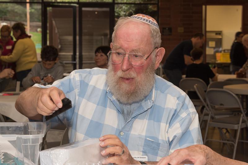 Mitzvah Day-4840.jpg