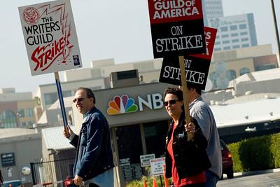 567 WGA Strike NBC