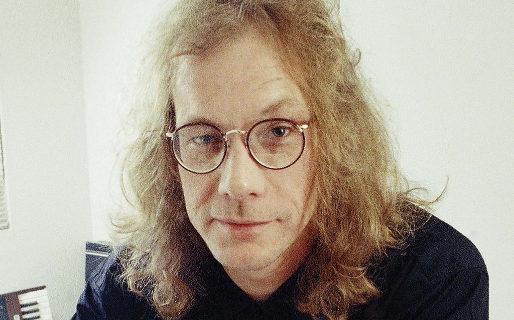 """. The late singer-songwriter Warren Zevon was born on this day in 1947. The genius behind \""""Werewolves of London\"""" and \""""Lawyers, Guns and Money\"""" died in 2003. Photo is from 1989. (Associated Press: Alan Greth)"""