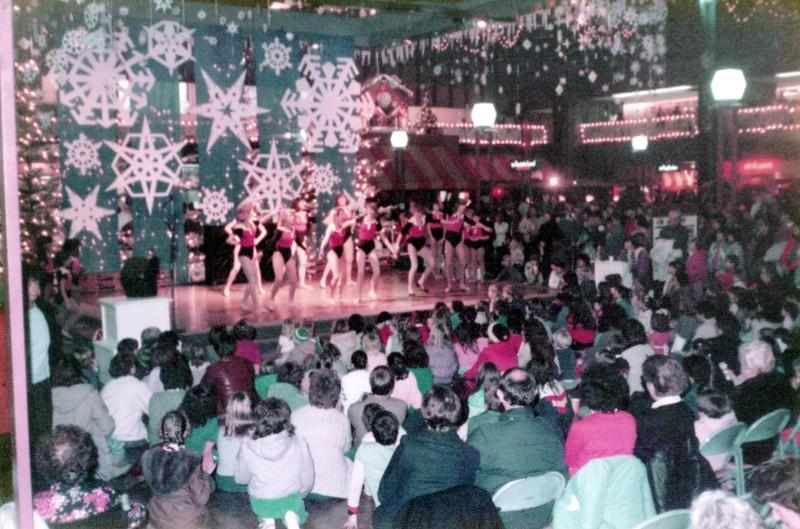 Dance_2007_a.jpg