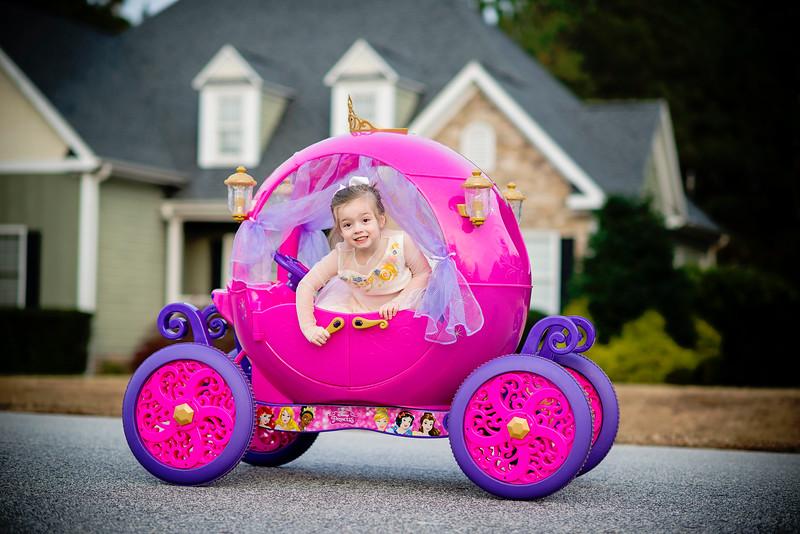 2016 Nov Daily Mom Cinderlla Carriage-2750.jpg