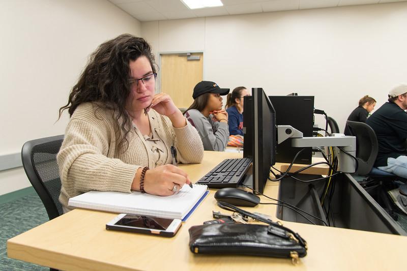 Madeline Hernandez is working on her Biomechanics work during the first week of school.