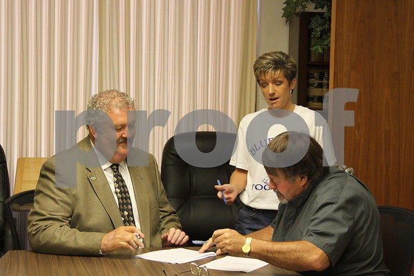 County Signs Ambulance Service Contract with iCare - September 2010