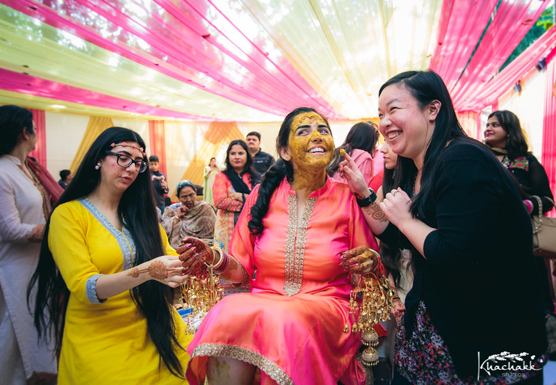 best-candid-wedding-photography-delhi-india-khachakk-studios_12.jpg