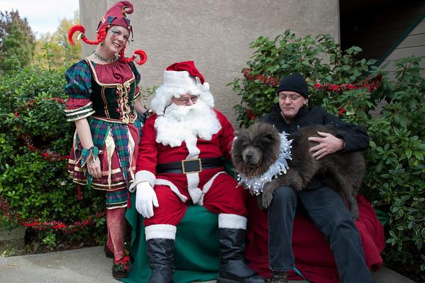 Raven with Santa 2010
