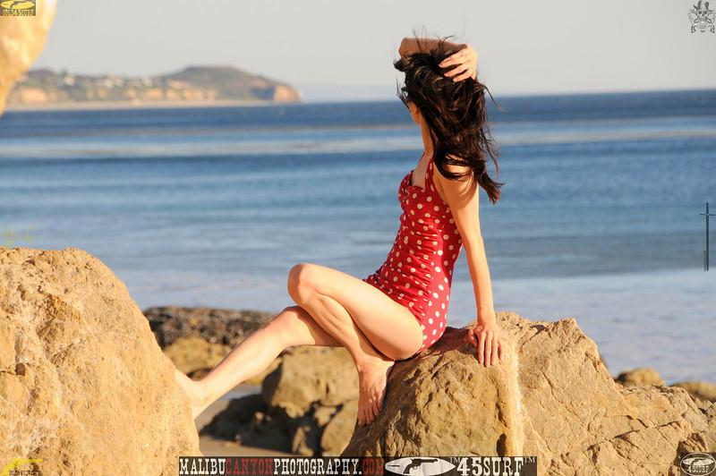 matador swimsuit malibu model 715..456.jpg