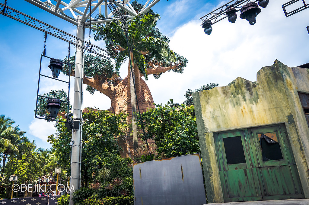 Universal Studios Singapore Halloween Horror Nights 8 construction update / Stage Right