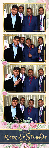 Alsolutely Fabulous Photo Booth 014723.jpg