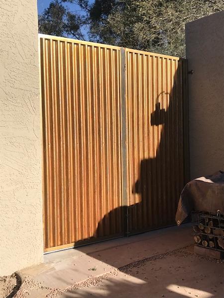 rusted corr gate.JPG
