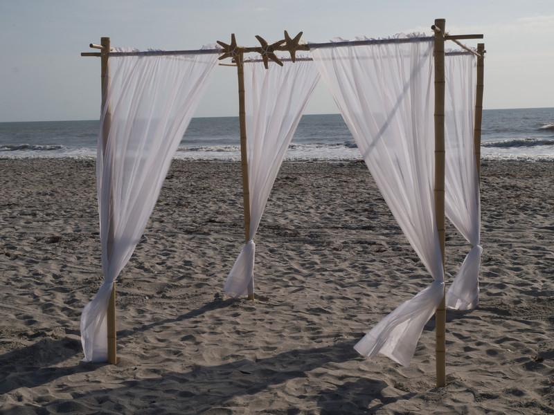 Relic of an earlier wedding? Cocoa Beach, Florida