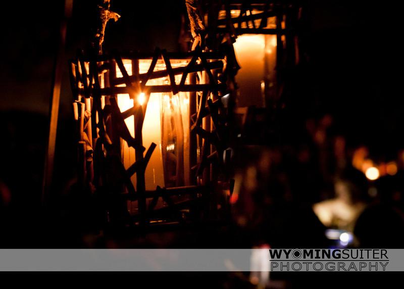 lanterns_8448water.jpg