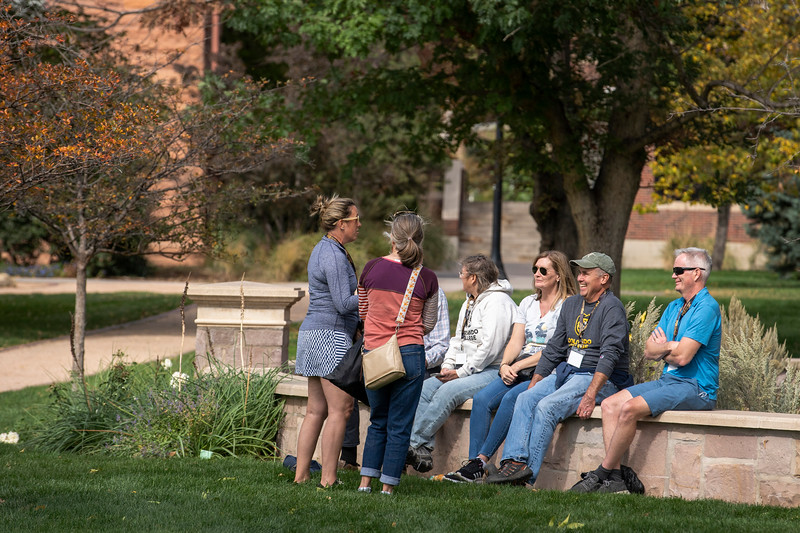Homecoming and Family Weekend Picnic/Lawn Games on Saturday, October 9, 2021. Photo by Lonnie Timmons III / Colorado College.  10/9/21