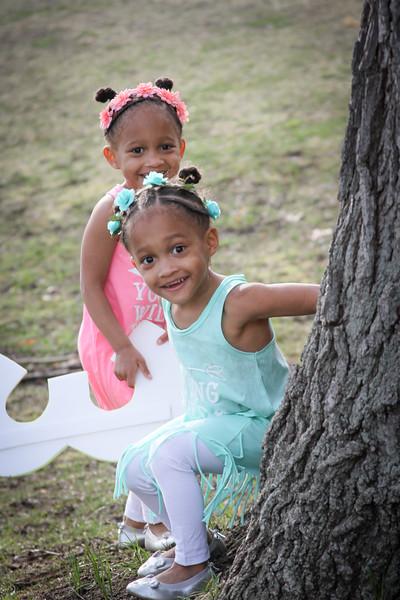 Mina & Mila