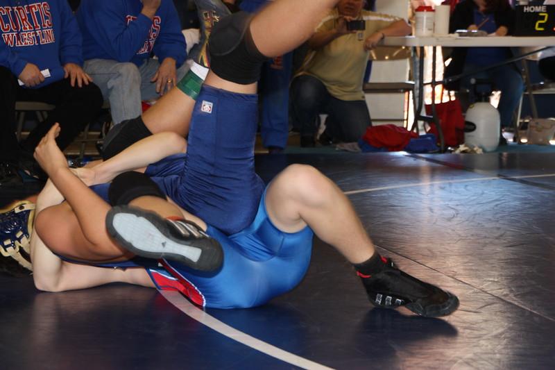 Middle School Wrestling Jan 22, 2011 050.JPG