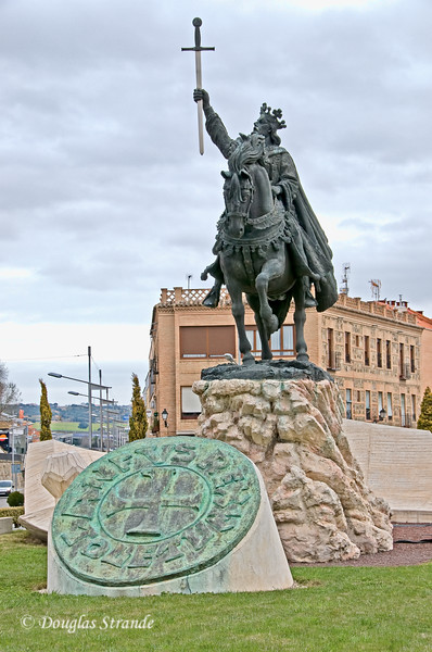 Wed 3/09 approaching Toledo: statue of Alfonso VI