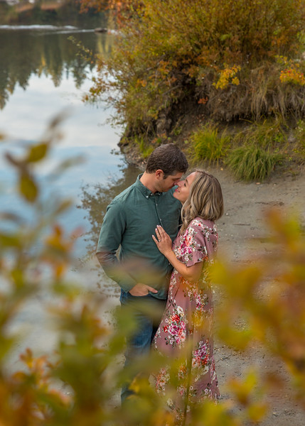 Coble.Howard.EngagementPhotos-141.jpg