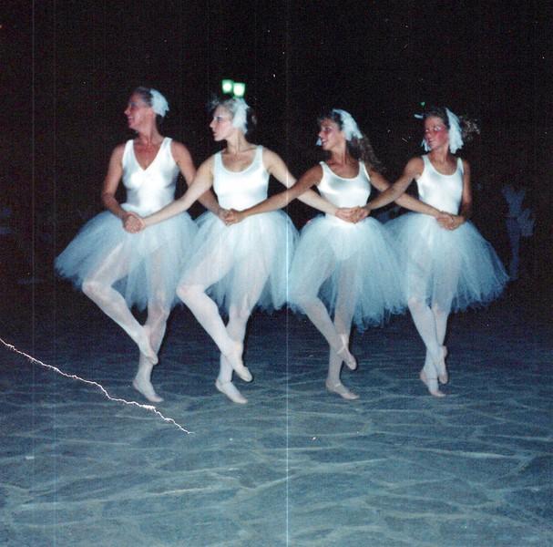 Dance_2834_a.jpg
