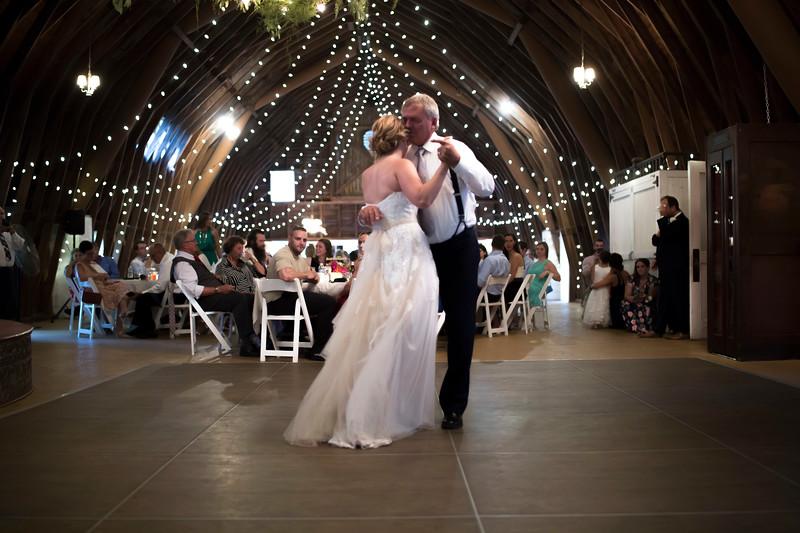 Garrett & Lisa Wedding (592).jpg