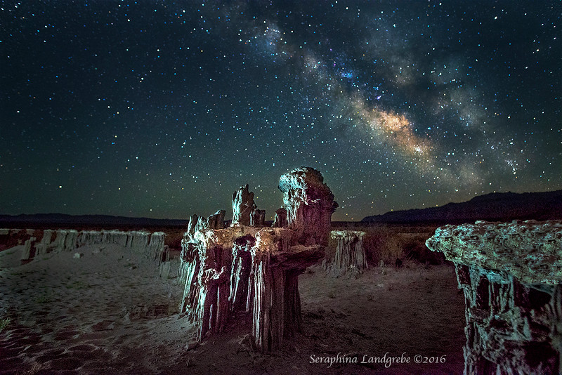 _DSC9631Ssand tufas Milky Way.jpg