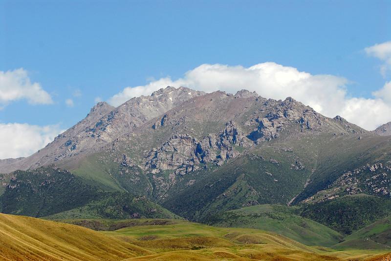 060726 2332 Kyrgystan - Lake Issuk-Kul - Mountain Hike _D _E _I ~E ~L.JPG