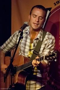 20090823 Dean Fields at Club Passim