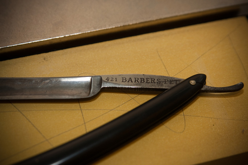 Getting ready to hone my Barber's Pet. This was a gift from the owner, Lee Bosman, of the Gunter Hotel barber shop in downtown San Antonio.  http://downtownsanantonio.org/main/news/2009/07/u21/Basement-barbershop-at-Gunter-Hotel-keeps-onnbspgoing