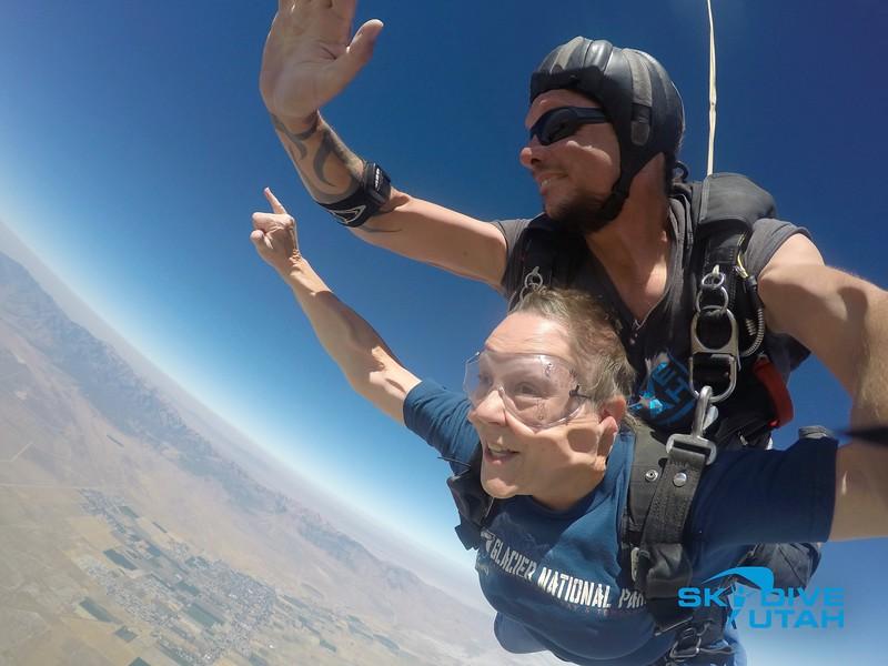 Lisa Ferguson at Skydive Utah - 39.jpg