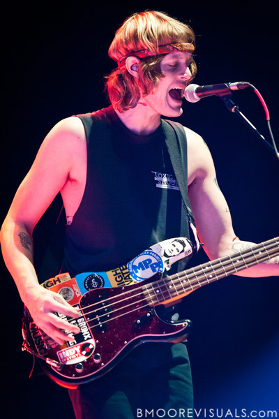 """Daniel Tichenor of Cage The Elephant performs in support of their upcoming album, """"Thank You, Happy Birthday"""" on December 5, 2010 during 97X Next Big Thing at 1-800-ASK-GARY Amphitheatre in Tampa, Florida"""