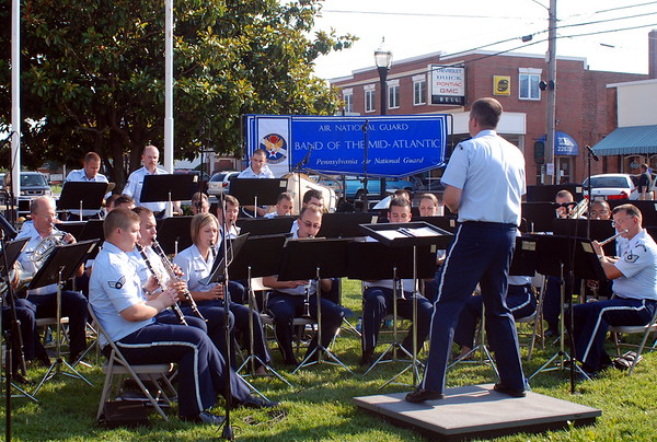 7/2/2008 Air National Guard Band of the Mid-Atlantic on the Square in Leonardtown