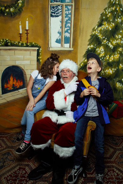 Pictures with Santa Earthbound 12.2.2017-130.jpg