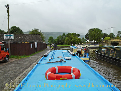 Llangollen Canal: A Trip on JAWCALS an Anglo-Welsh Day Boat