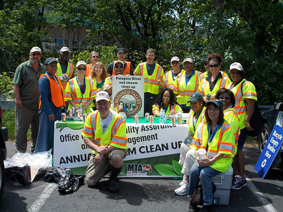 5.18.12 Herbert Run Stream Cleanup With MTA Employees Near Arbutus Fire Station